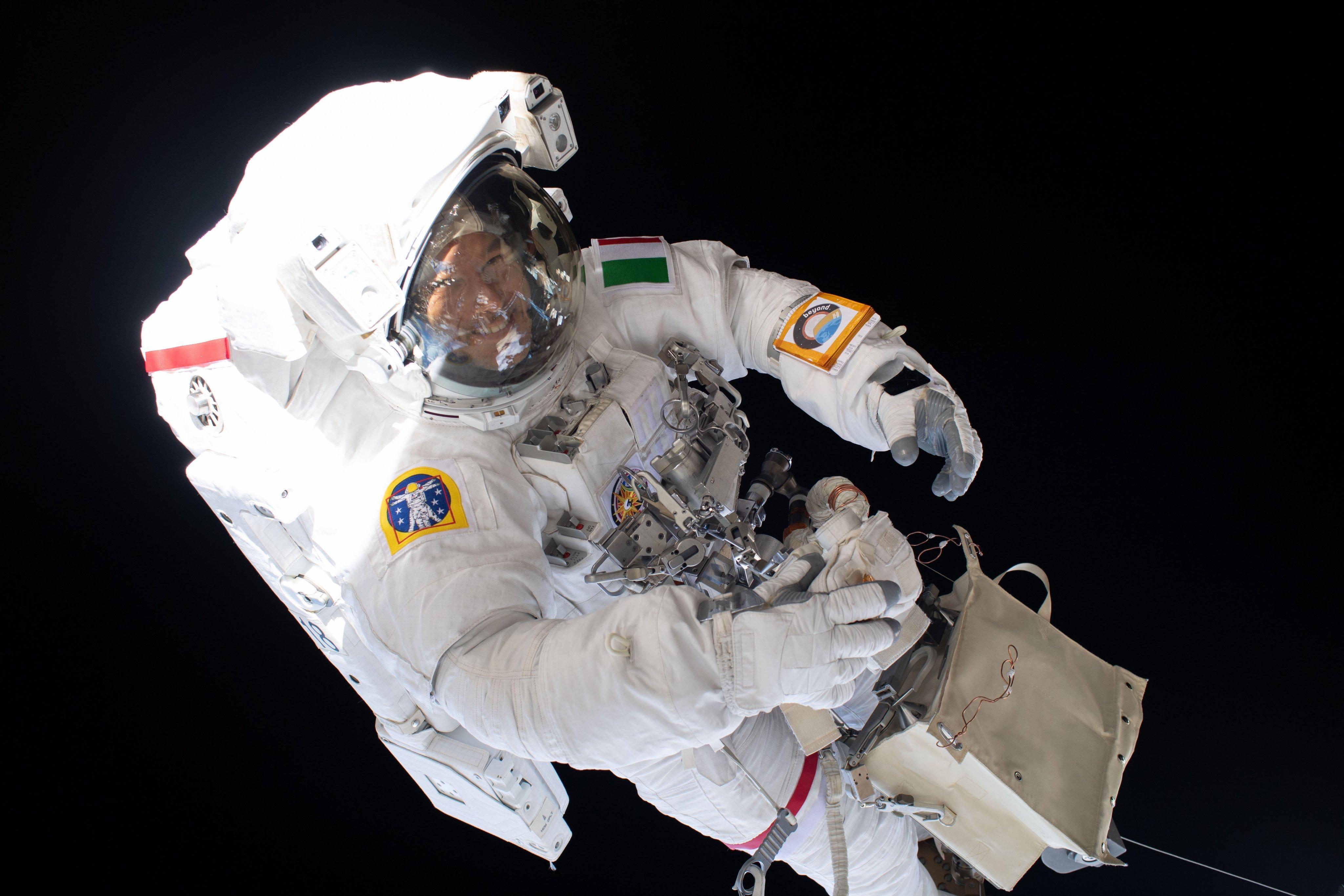 Caminata espacial rayos cosmicos